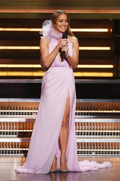 Jennifer-Lopez-trẻ-da-bí mật